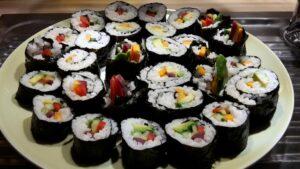 Fastenbrechen Sushi